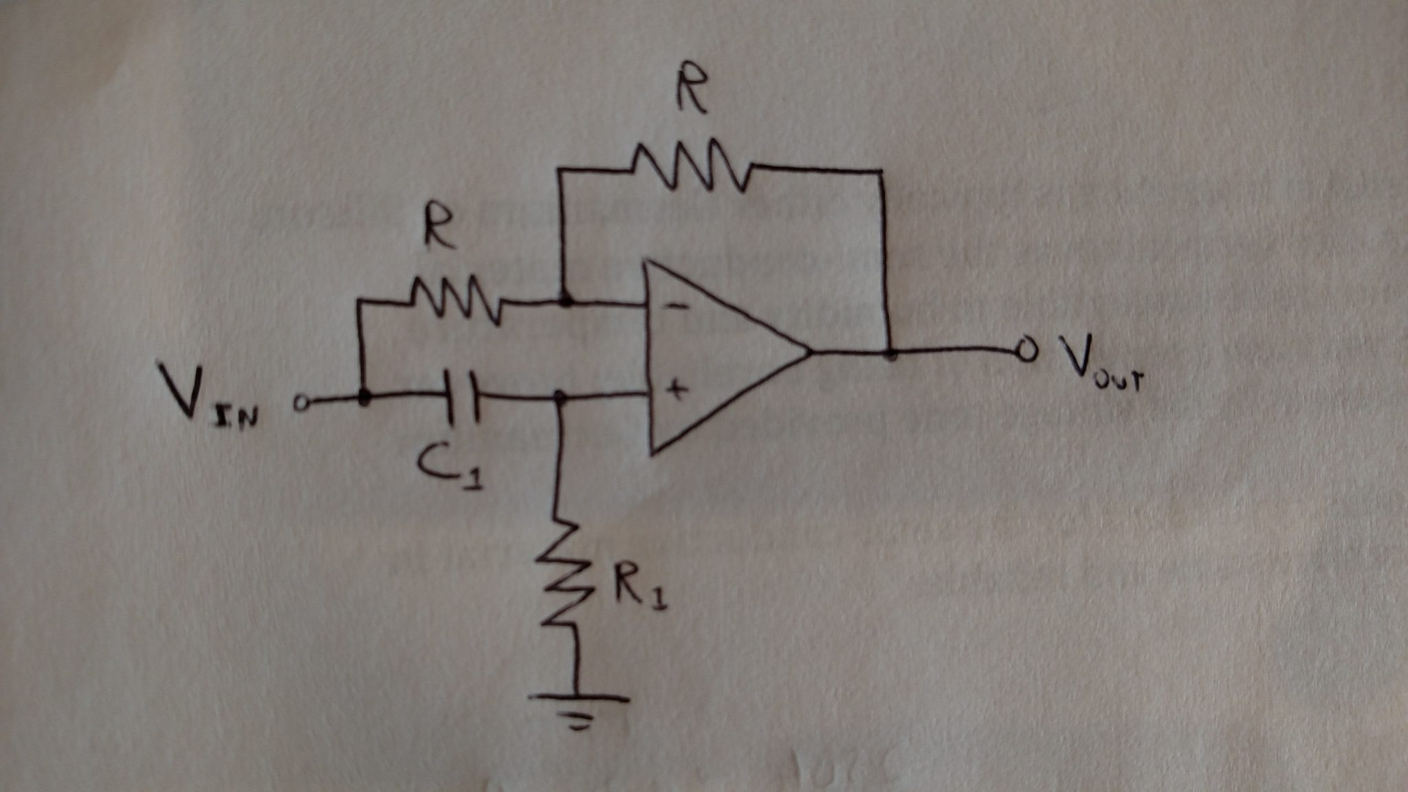 How To Build An Active Low Pass Filter Circuit With An Op Amp